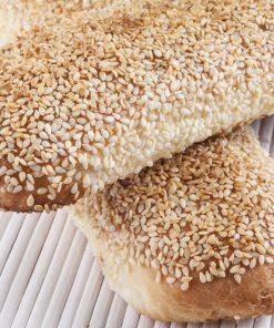 לחמניות שומשום ארוכות ללא גלוטן | גלוטן פרי