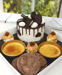 מארז קינוחים מפנק ללא גלוטן עוגת אוריאו, קרם ברולה, פחזניות ועוגיות אמסטרדם