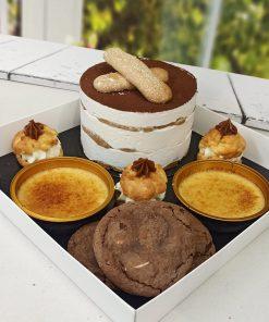 מארז מפנק עוגת טרמיסו, קרם ברולה, פחזניות ועוגיות אמסטרדם